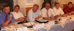 Bundestagskandidaten diskutierten in Gruibingen. FOTO: Boris-Marc Münch