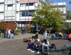Fürs kommende Schuljahr gibt es an den berufl. Gymnasien im LK zu wenig freie Plätze, auch im Schulzentr. Öde. FOTO: NWZ